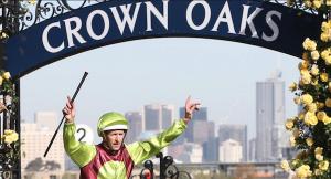 2015 Crown Oaks